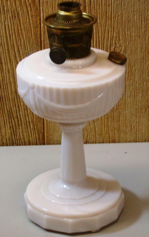 Antique Aladdin Oil Lamp Lincoln Drape Nu Type Model B